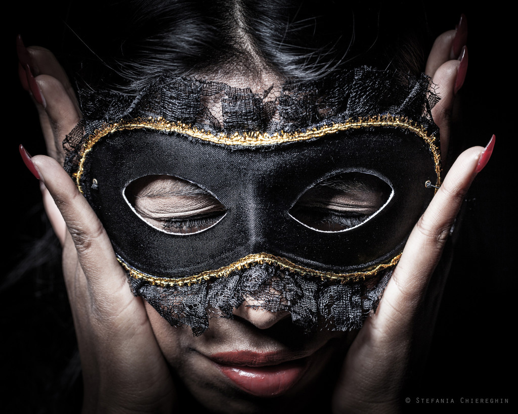 oltre-la-maschera-photo-exhibition